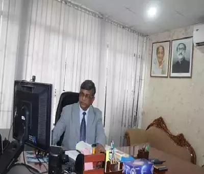 Photo of Professor M.A Razzaque