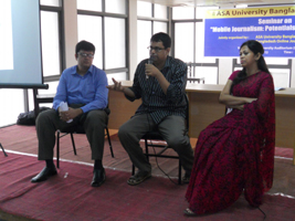 A Seminar on Mobile Journalism at the campus