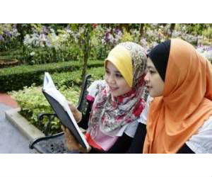 Most Varsity Students Female in Malaysia