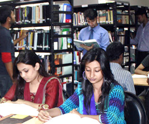 Study loan at Eastern University