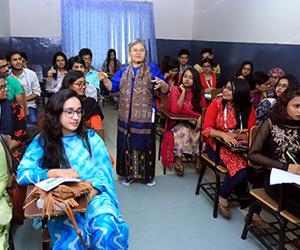 Dr Wajuppa in Class