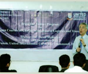 Int'l diploma program at UIU