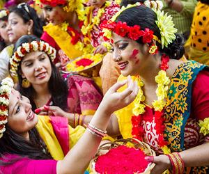 Pahela Falgun celebrated at DU