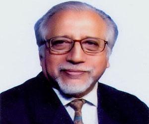 NUB Pro-VC Anwarul Karim